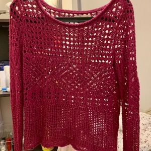 Hollister loose-knit sweater in berry color